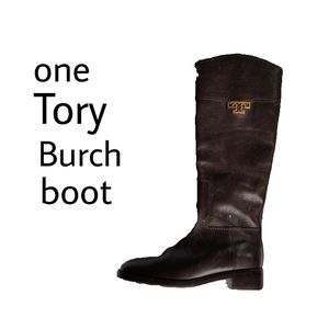 One Tory Burch boot